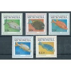 Mikronezja - Nr 696 - 00 1999r - Ryby